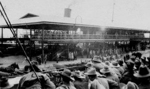 Port Melbourne Pier 1919. Courtesy State Library of Victoria.