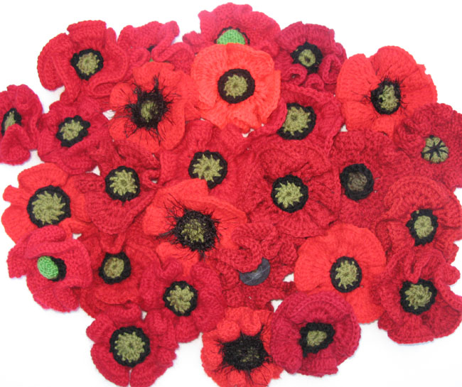 Knitting Pattern For Anzac Day Poppies : Poppy Making Event - 5000 Poppies Project - Anzac ...