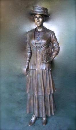 Rosemary statue 1